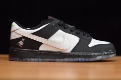 "Staple x Nike SB Dunk Low ""Panda Pigeon"""